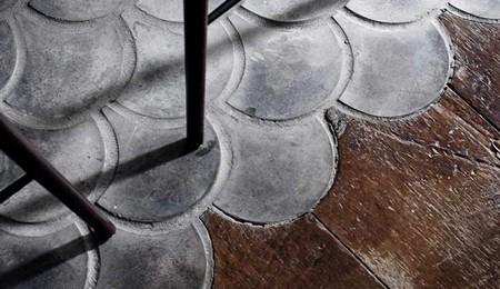 É tendência na decoração: pisos de madeira e cerâmica